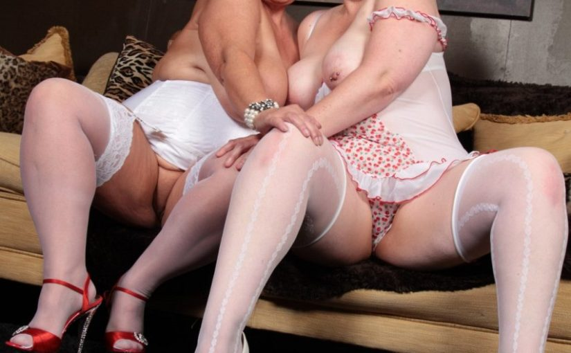 British buxom wenches making out